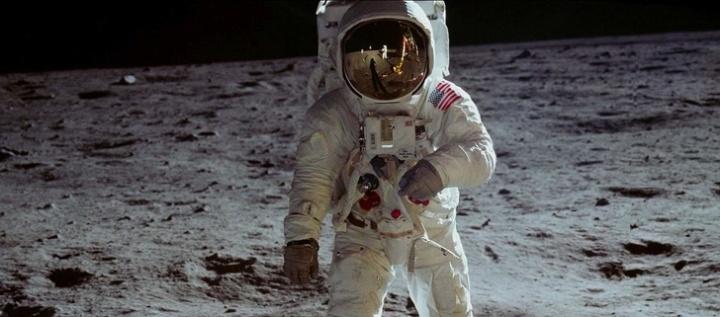 13953965-Apollo11-1576708363-728-715817e564-1577175851